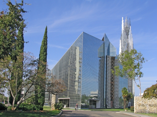 Crystal-cathedral-megachurch-in-orange-county-ca